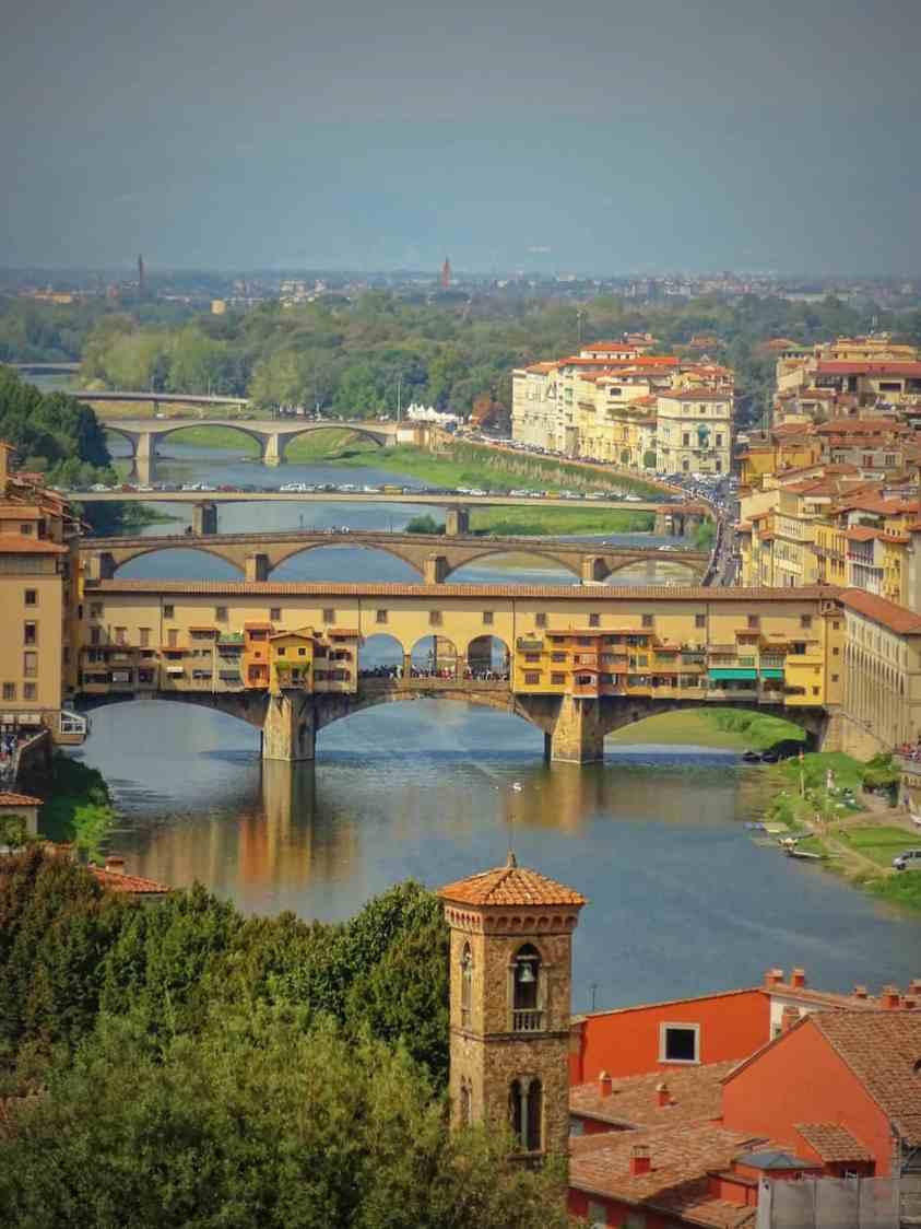 ponte_vecchio_bridge_luxury_columnist