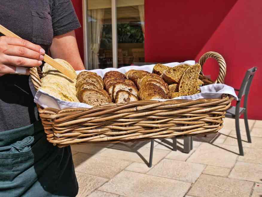mark_jordan_at_the_beach_bread