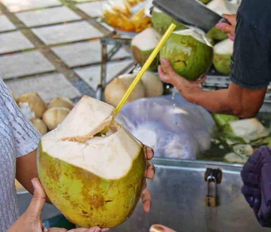 bangkok_coconut_water