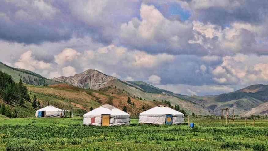 mongolia-yurt