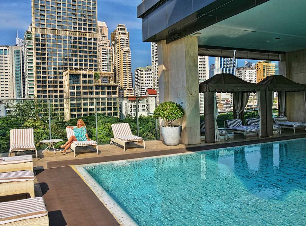 oriental_residence_swimming_pool