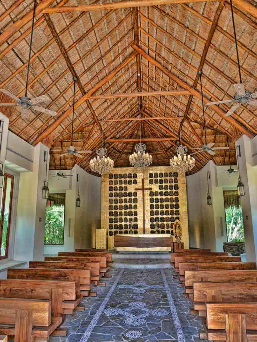 El Pueblito church