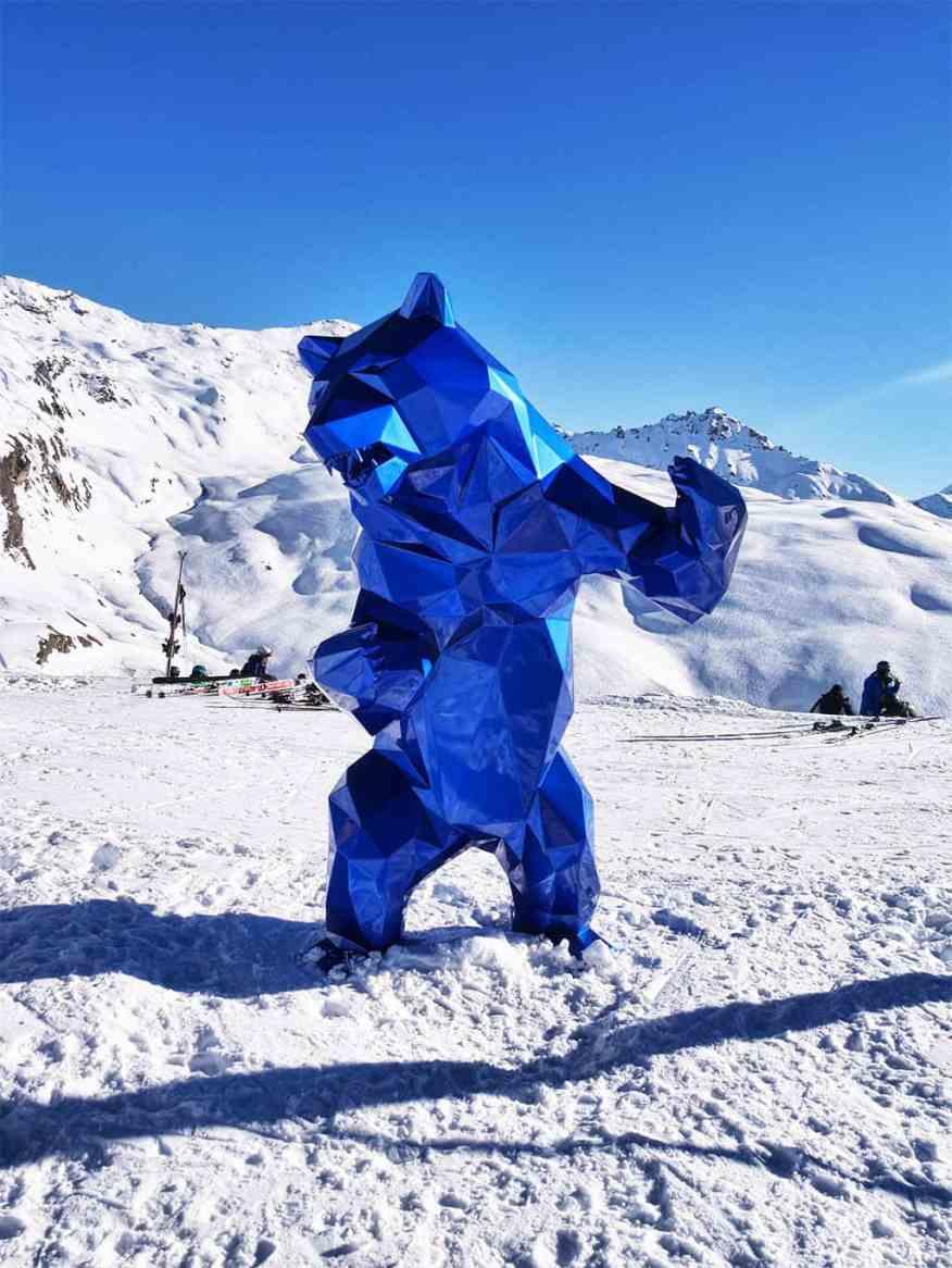 Val d'Isere bear
