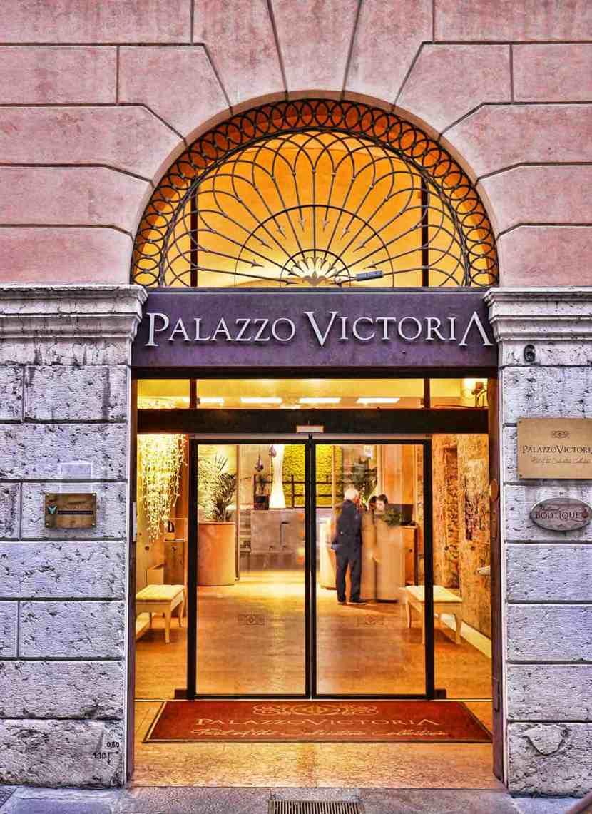 Palazzo Victoria in Via Adua, Verona