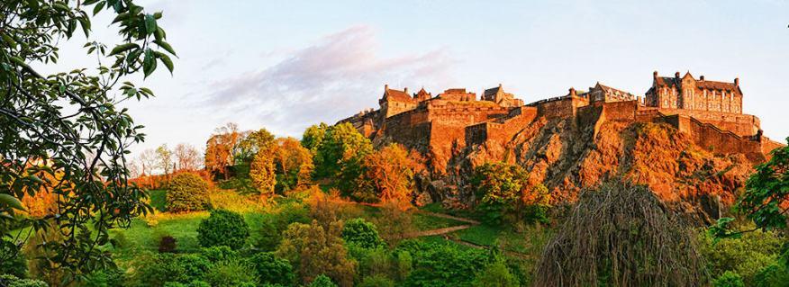Edinburgh Castle panoramic view