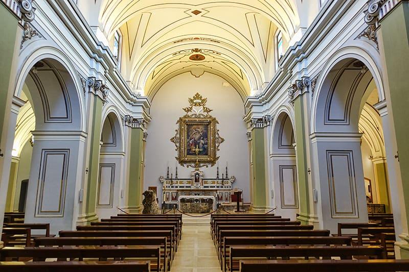 Amberlair wedding church, Puglia, Italy