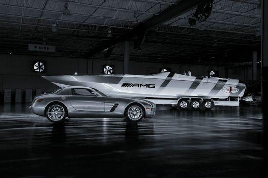 mercedes-benz-sls-amg-cigarette-boat1