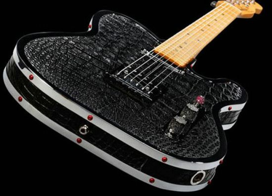 Rock-Royalty-alligator-diamond-guitar-2