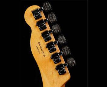 Rock-Royalty-alligator-diamond-guitar-3
