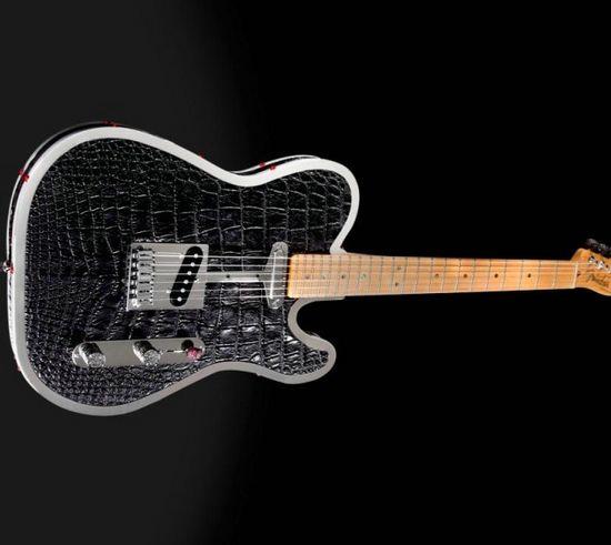 Rock-Royalty-alligator-diamond-guitar-4