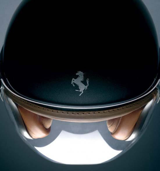 ferrari-style-helmet-by-newmax-1