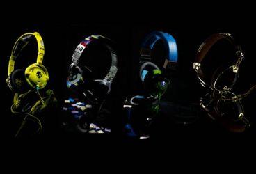 Dolce-Gabbana-SkullCandy-headphones-1