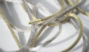 Shoelaces-Made-of-Pure-Gold-and-Silver-1