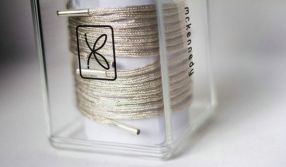 Shoelaces-Made-of-Pure-Gold-and-Silver-2