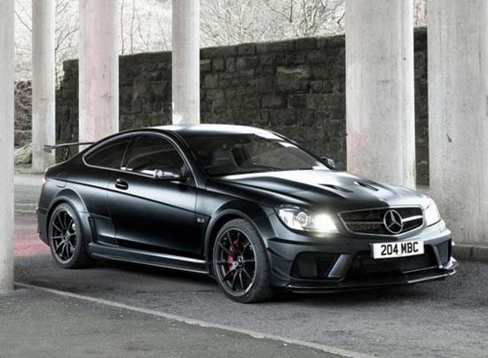 Mercedes-Benz: Dark Side of the C63 AMG Black Series