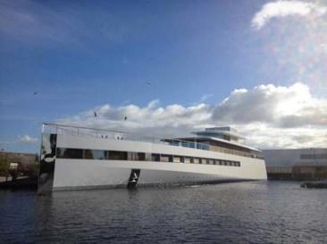 Steve_Jobs_yacht1