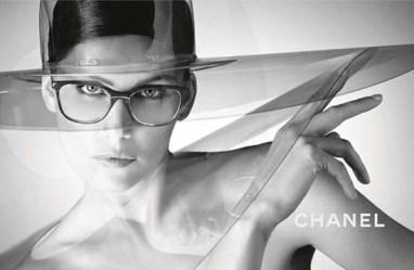 Laetitia-Casta-Karl-Lagerfeld-Chanel-Eyewear-03