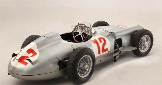 Fangio-Mercedes-W196-2