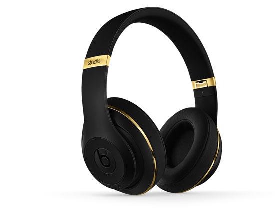 alexander-wang-x-beats-by-dre-beats-studio-headphones