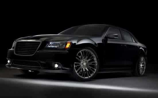 2014-chrysler-300c-john-varvatos-01