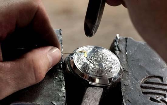 Panerai-Sealand-Year-of-the-Horse-Engraving-and-Inlyaing