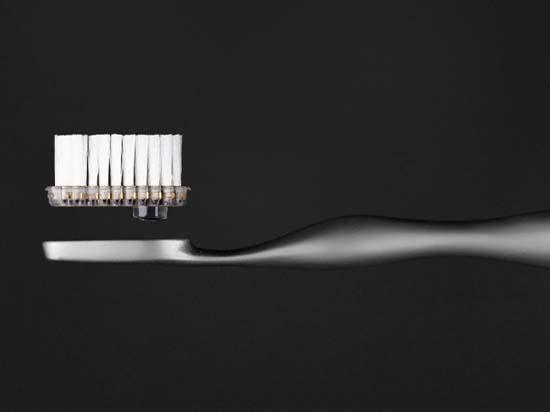 Reinast-Titanium-Toothbrush-3