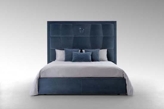 Mazarin Bed