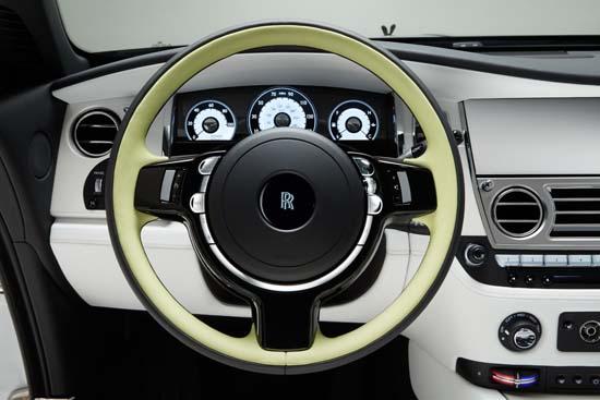Rolls-Royce-Wraith-Inspired-by-Fashion-002