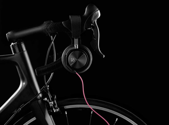 rapha-bang-olufsen-headphones-03