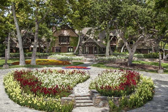 michael-jacksons-neverland-ranch-3