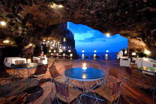 Grotta-Palazzese-Sea-Cave-Restaurant-Italy-002