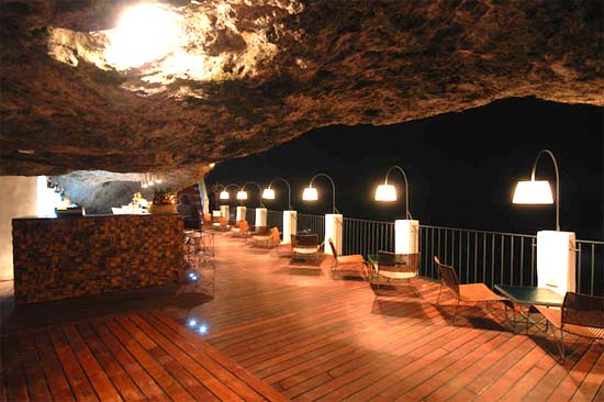 Grotta-Palazzese-Sea-Cave-Restaurant-Italy-003