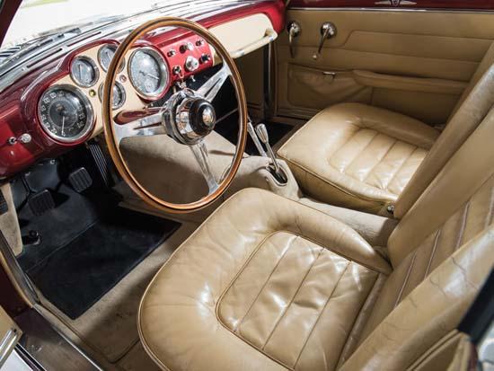 1952-Jaguar-XK120-Supersonic-by-Ghia-interior