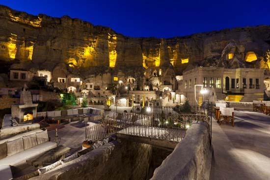 Yunak-Evleri-5-Star-Cave-Hotel-2