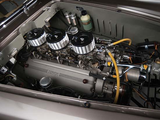 1953-Ferrari-250-Europa-Coupe-Vignale-engine