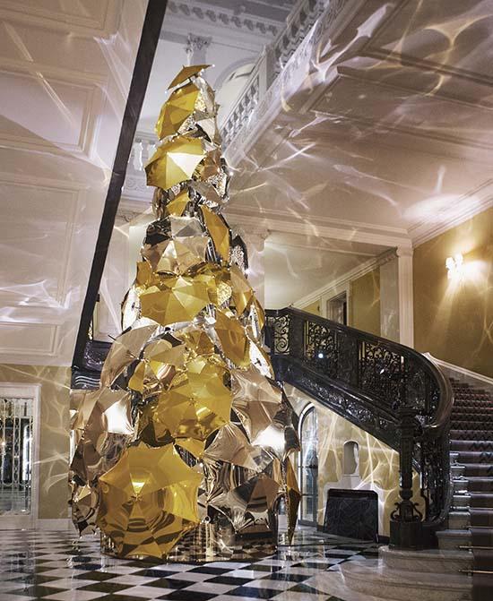 Claridges-Christmas-tree-2015