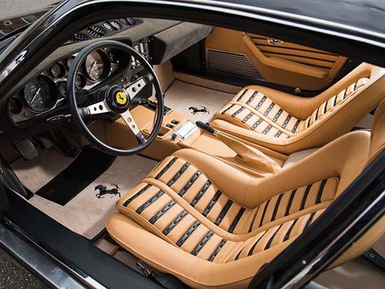 1972-Ferrari-365-GTB-4-Daytona-Berlinetta-3