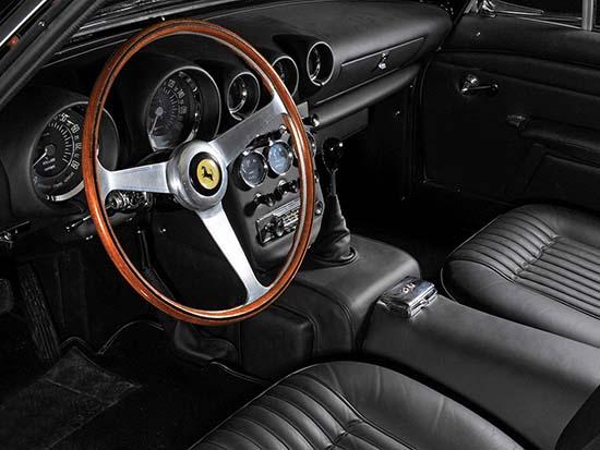 1962-Ferrari-400-Superamerica-interior