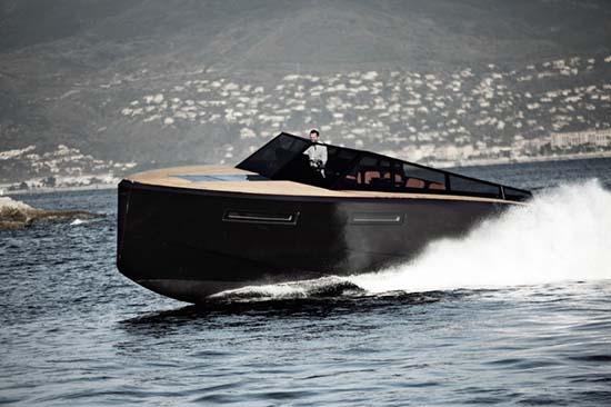 Evo 43 Yacht 01