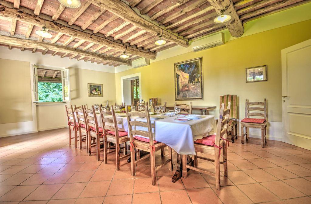 private vacation villa near Luca