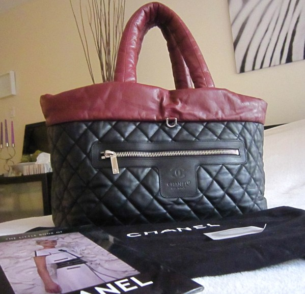 589dae7037dc16 Home / Bags / Totes / Chanel Coco Cocoon Black/Burgundy Lambskin Leather  Reversible Large ...