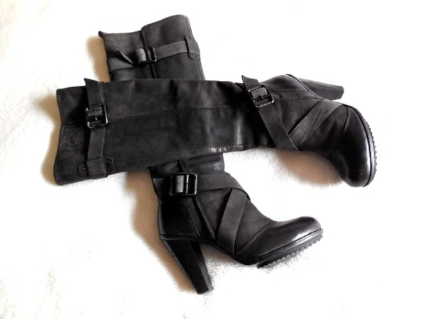 DKNY Raleigh Leather Boots