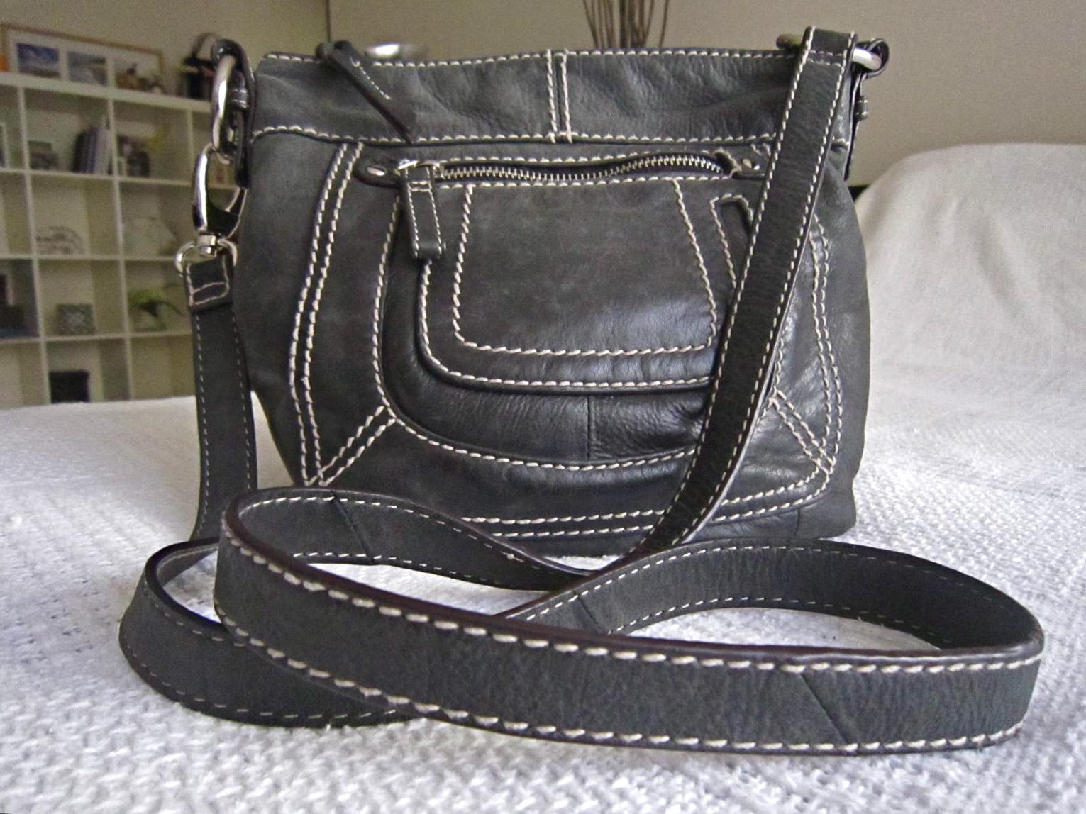 fe50a3ec1 Danier Black Leather Crossbody Bag - Luxurylana Boutique
