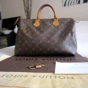 Louis-Vuitton-Speedy-35-Monogram-Handbag