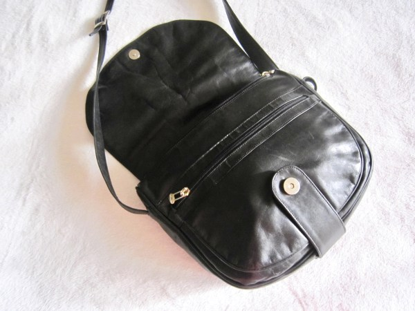 Vera Pelle Saumur Black Leather Crossbody Bag-2