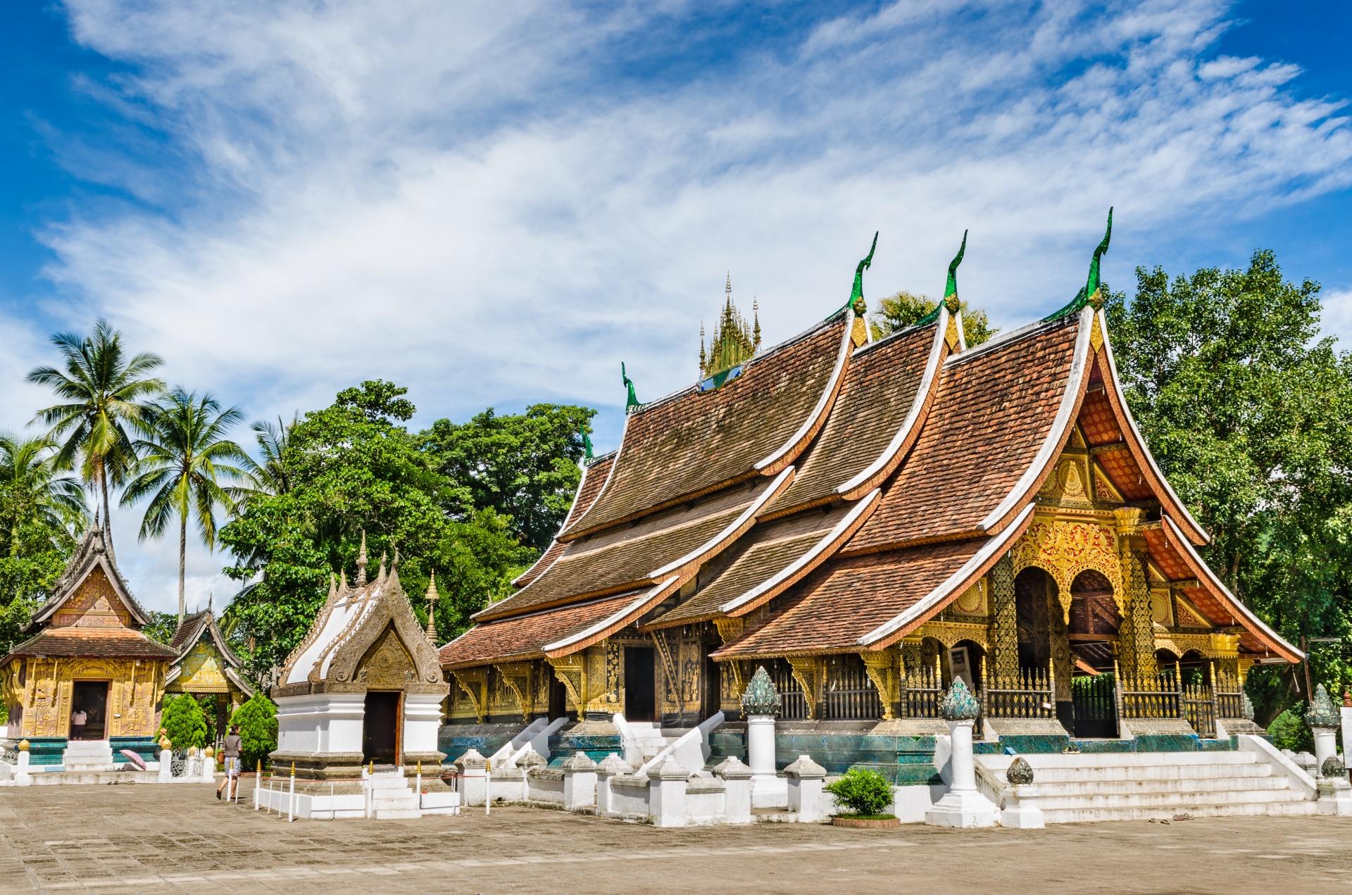 10 cheap destinations from dubai - 7th is refreshing |Wat Xieng Thong Luang Prabang