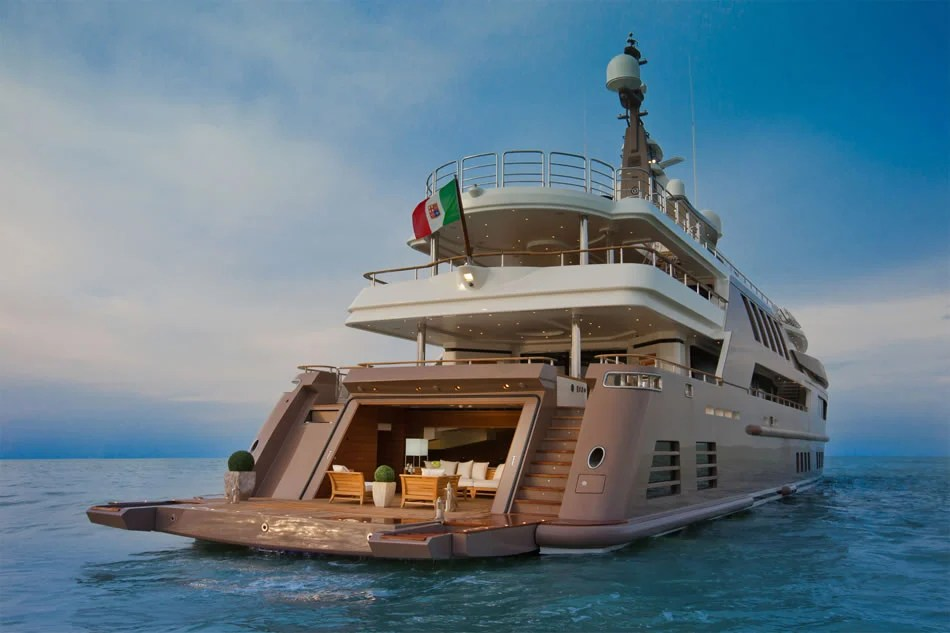 Jade Megayacht By CRN Boasts The Worlds First Floating Garage