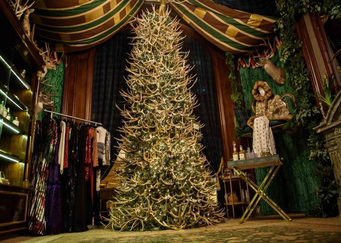 St Regis New York Welcomes Christmas With A Pop Up