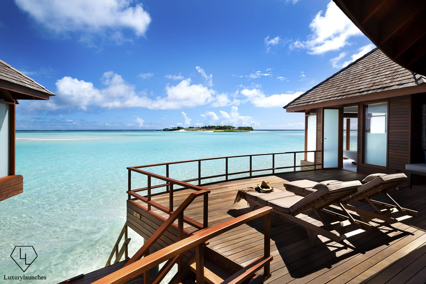 Anantara Dhigu Maldives Resort Reopens Sunsoaked Over Water Suites
