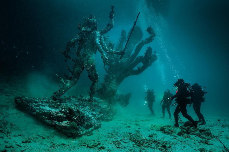 Damien Hirst Recreates A Shipwreck For His Comeback